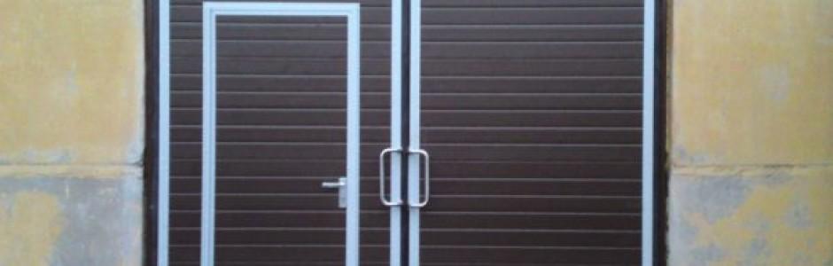 Распашные промышленные ворота